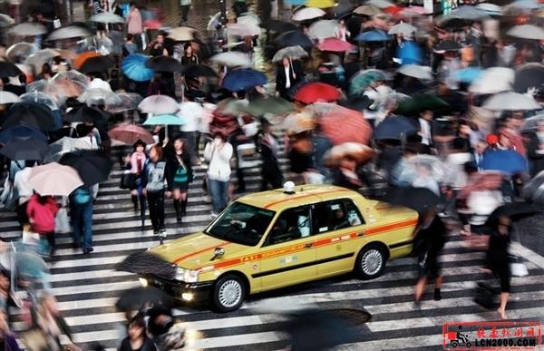 中国快递:人口红利和碎片化商业生态构筑的金字塔