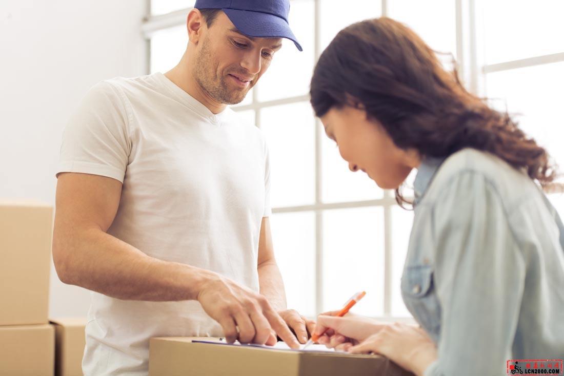 热度不减业务稳增 快递业将吸纳更多就业人员